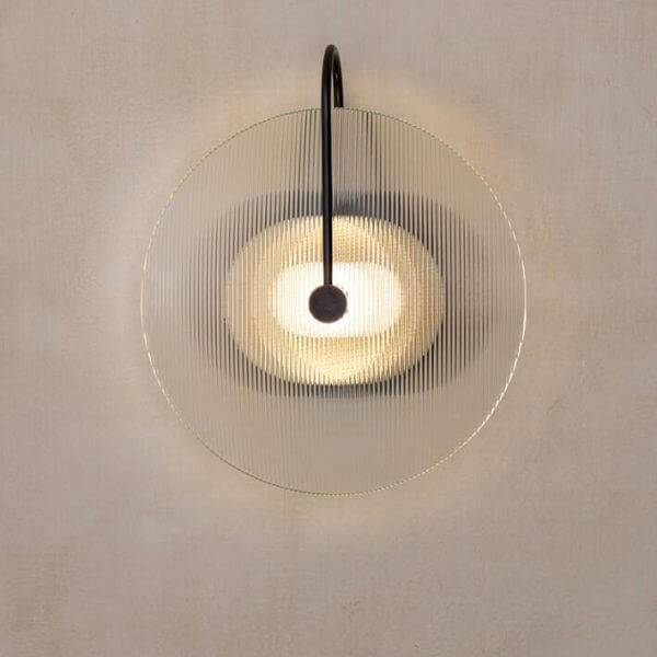מנורת קיר לבןNecklace
